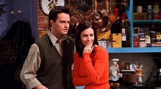 Monica, kterou ztvárnila její matka, v seriálu skončila s Chandlerem.