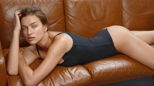 Irina Shayk pózuje v kampani na prádélko.