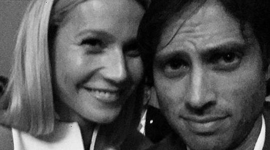 Gwyneth Paltrow a Brad Falchuk jsou zasnoubeni.