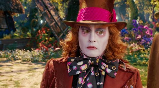 Johnny Depp jako Kloboučník ve filmu Alenka v říši divů: Za zrcadlem