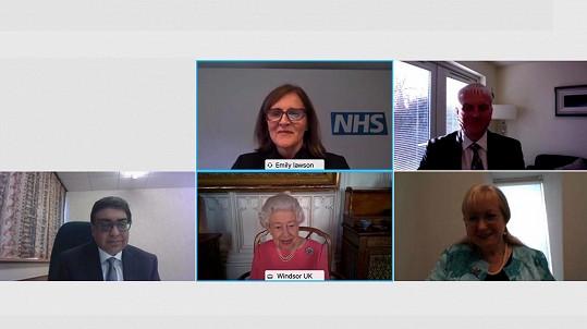 Objevila se ve video rozhovoru s vedením britského NHS.