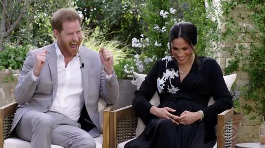 Harry při oznámení pohlaví miminka radost opravdu neskrýval.