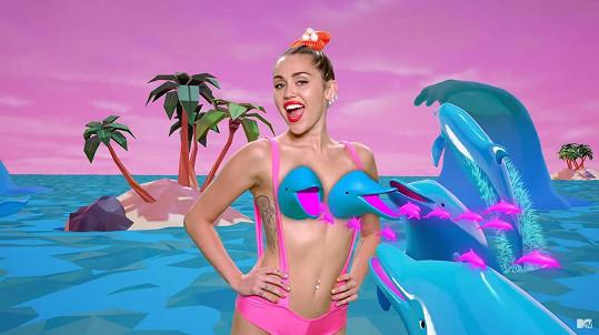 Miley chce vystupovat nahá. Oblečení zakáže i svému publiku.