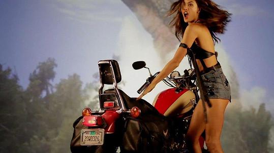 Populární modelka letos skončila jako andílek Victoria´s Secret.