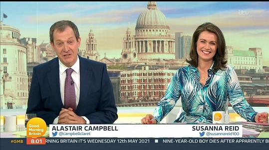 Alastair Campbell a Susanna Reid ve středečním Good Morning Britain. Moderátorovi se povedlo nepříjemné přeřeknutí.