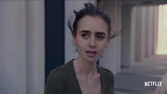 Lily ve filmu To the Bone (Až na kost)