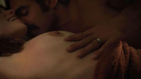 Bobby Cannavalle a Olivia Wilde jsou seriálovými manželi.