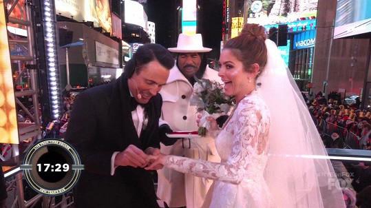 Letos prvního ledna se provdala za televizního scenáristu Kevena Undergara