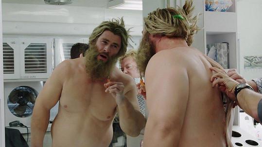 Thor v posledním díle Avengers trošku přibere.