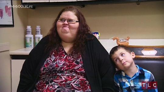 Ashley kvůli svému synovi zhubla už více než metrák živé váhy.
