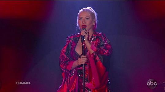 Christina Aguilera byla hostem v show Jimmy Kimmel Live!
