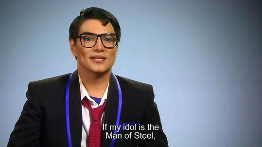 Herbert Chavez jako Clark Kent