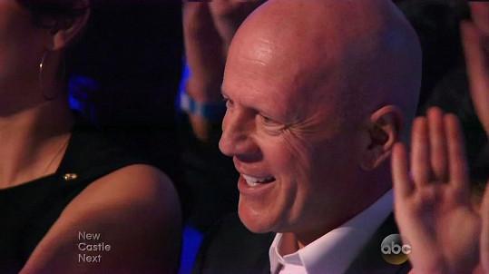 Hrdý otec Bruce Willis po dceřině výkonu