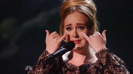 Dojatá Adele