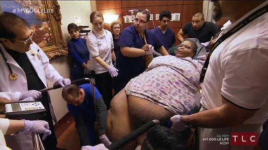 Teretha Hollis-Neely zaměstnala celý personál nemocnice.