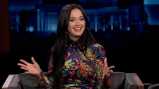Katy Perry to v pořadu Jimmyho Kimmela nesmírně slušelo.