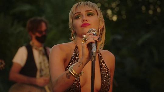Miley Cyrus popsala svůj zážitek s mimozemskou civilizací.