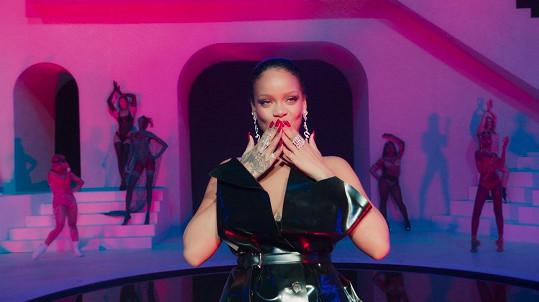 Rihanna sklidila velký úspěch.