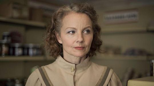 Carina Wiese v seriálu Deutschland 86 (2018)