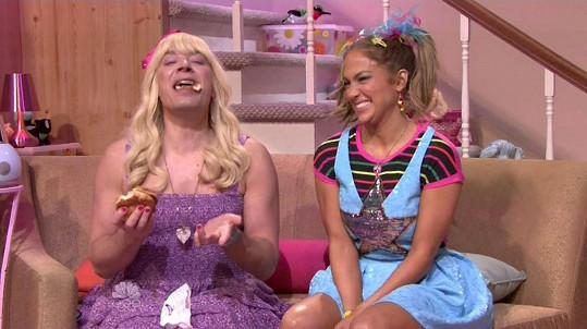 Jimmy s Jennifer jako kámošky Sara a Gabby