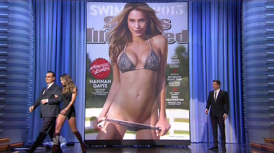 Hannah Davis a její loňská obálka Sports Illustrated Swimsuit Edition