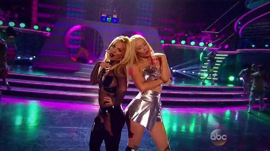 Britney Spears vystoupila na hudebních cenách s Iggy Azaleou.
