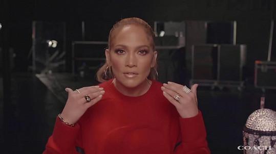 Jennifer Lopez má plné zuby haterů.