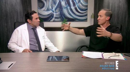 Rozčarovaní chirurgové dr. Nassif a dr. Dubrow