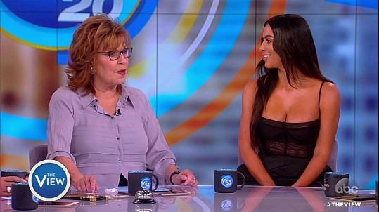 Kim řekla, že ji někdo chtěl úmyslně poškodit, a proto inkriminované snímky upravil ve Photoshopu.