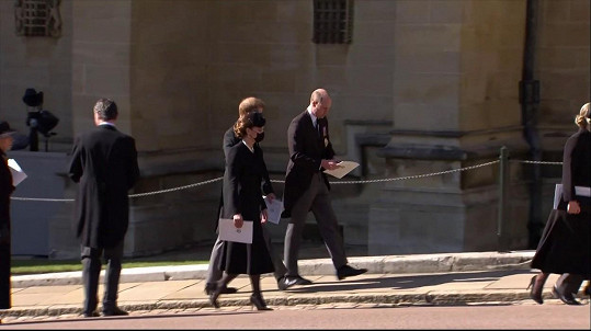 Harry a William prohodili po pohřbu dědečka pár slov.