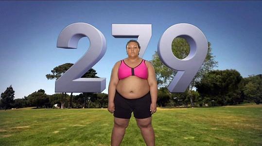 Na počátku Kim vážila 127 kilogramů (279 liber).