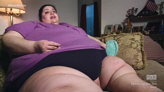 Na lékaře z televizní show se obrátila, když se začala bát smrti. To už vážila 272 kilogramů.