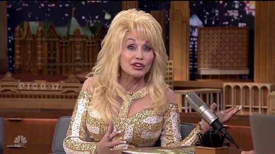 Dolly a její pověstný dekolt