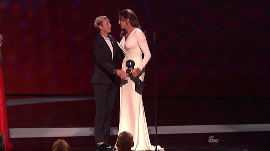 Caitlyn Jenner obdržela ocenění Arthura Ashe za odvahu.