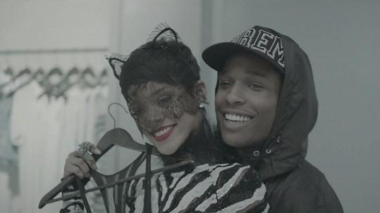 ASAP Rocky a Rihanna tvoří pár už delší dobu, jen to oficiálně potvrdil rapper až nyní.