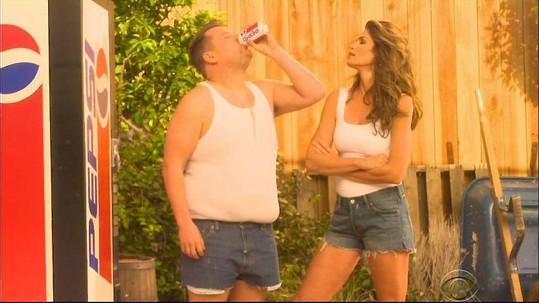 Cindy si na reklamu zavzpomínala díky televiznímu spotu s Jamesem Cordonem.