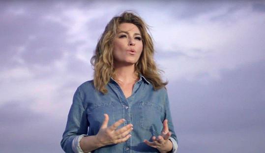 Shania Twain v klipu k nové písni Life's About To Get Good