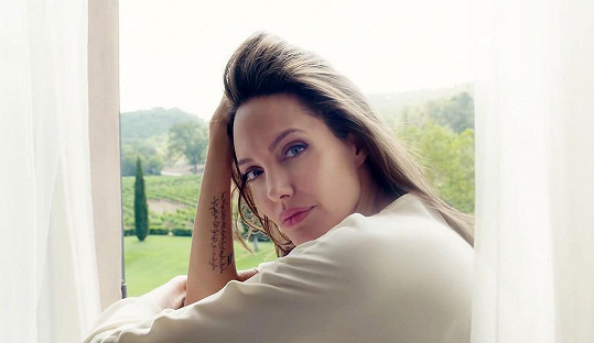 Angelina Jolie výjimečně promluvila o své rodině.