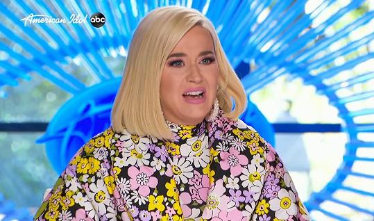 Katy Perry snoubencovo přání ke Dni matek nedojalo.