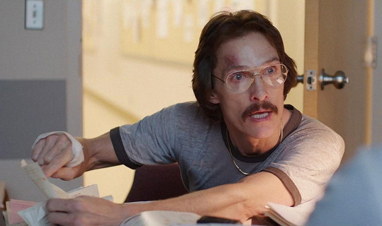 Matthew McConaughey za roli Rona v Klubu poslední naděje dostal Oscara a 4,5 miliónu korun.