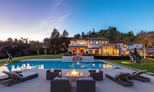 Sylvester Stallone prodává rodinné sídlo v Los Angeles.
