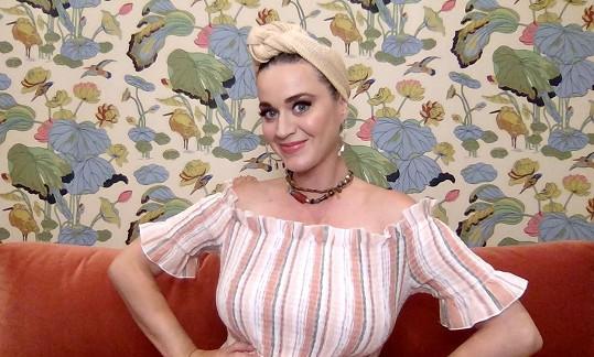 Katy Perry prozradila, jak s ní cloumají hormony.