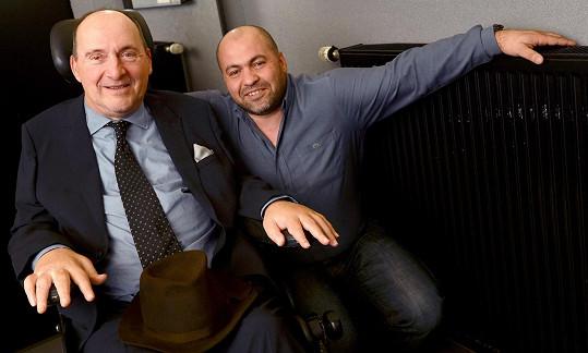 Skutečný Philippe Pozzo di Borgo a jeho ošetřovatel Yasmin Abdel Sellou