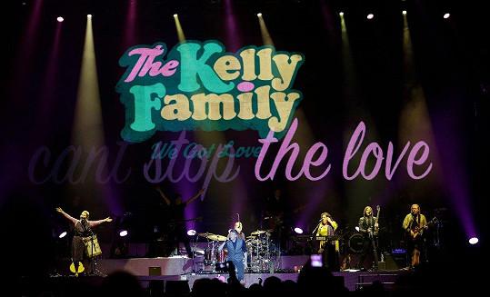 Kelly Family v Praze vystoupili v omezené sestavě.