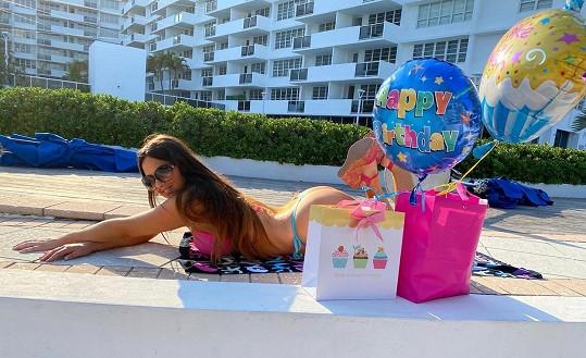 Claudia Romani slavila narozeniny sama.