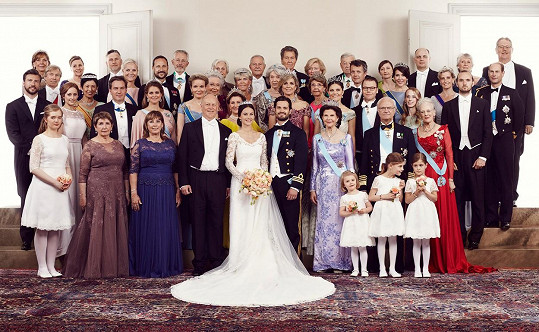 Na svatbě Carla Philipa nesměl nikdo ze švédských aristokratických kruhů chybět.