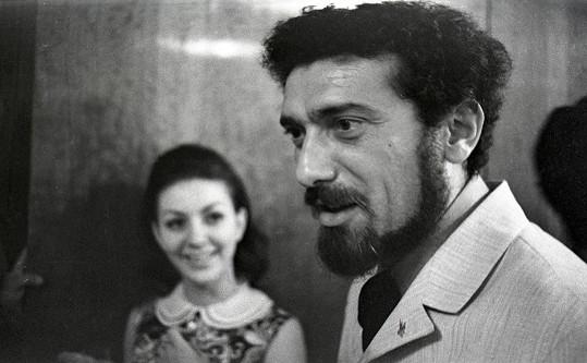 Jitka Zelenohorská a Waldemar Matuška. Zpěvák se ale zakoukal do jiné, a tak velká láska skončila.