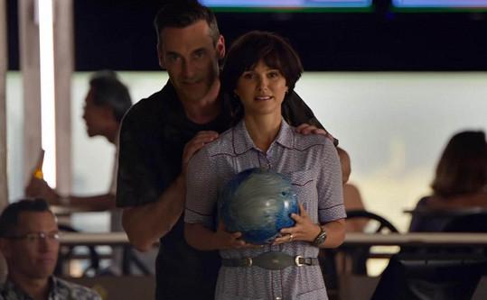 Portman je v dramatu Lucy In The Sky k nepoznání.