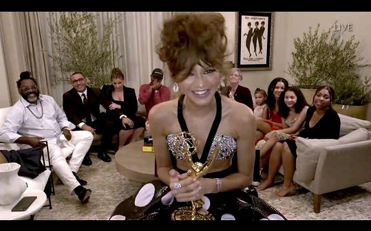 Zendaya zabodovala jako nejlepší herečka dramatického seriálu a stala se nejmladší držitelkou ceny v této kategorii.
