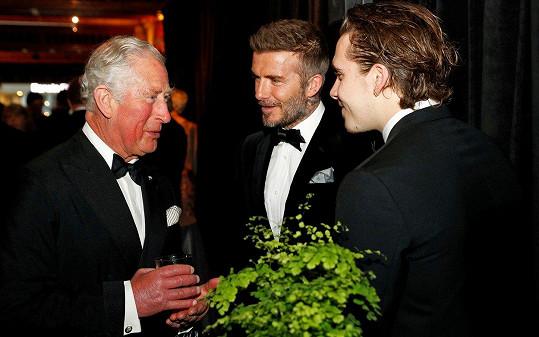 A popovídali si i s princem Charlesem.